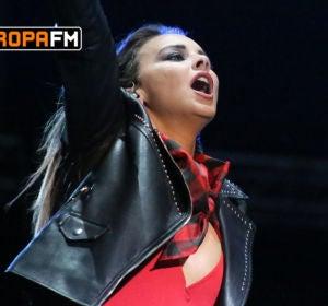 Chenoa en las Fiestas del Pilar con Europa FM