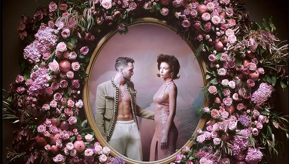 C. Tangana y Úrsula Corberó en el videoclip de 'Cuando me miras'