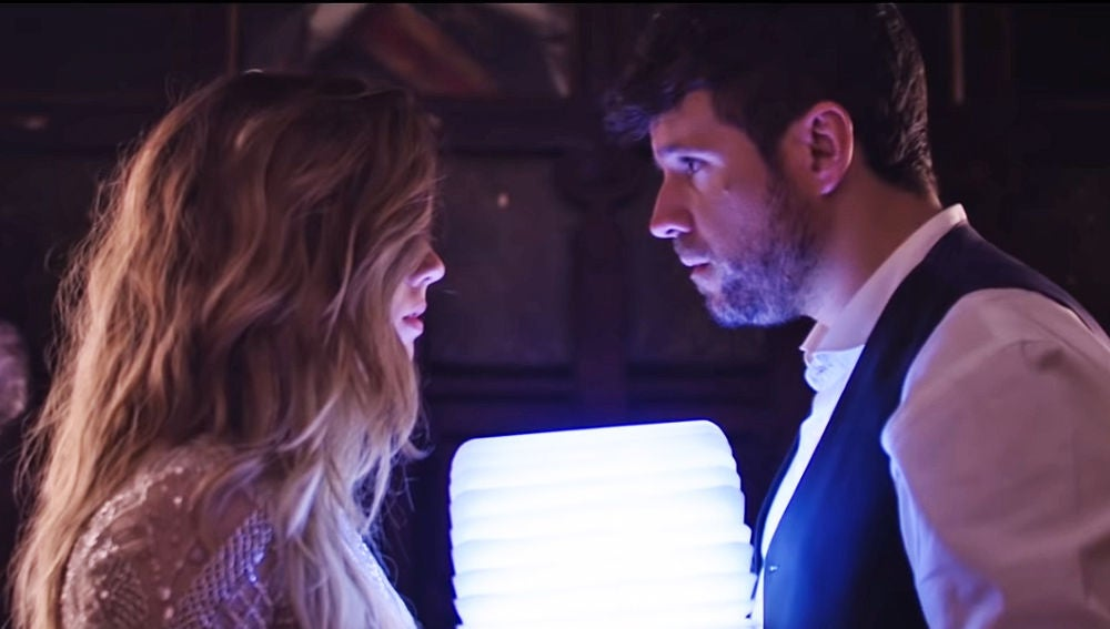 Miriam Rodríguez y Pablo López en el videoclip de 'No!'
