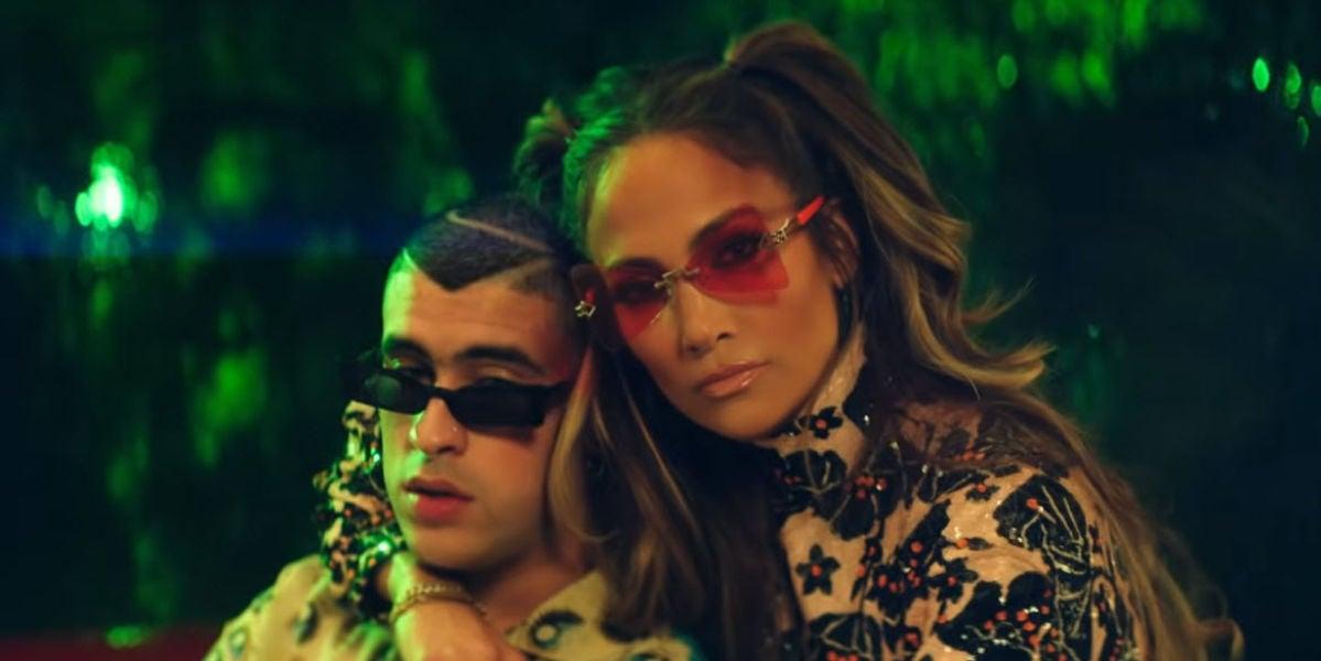 Bad Bunny y Jennifer Lopez en el videoclip de 'Te Gusté'