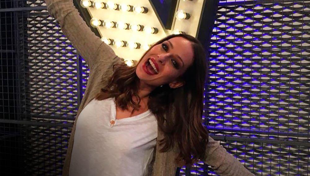 """La Voz - Eva González de las audiciones a ciegas de 'La Voz': """"Me emociona la música que traen los talents"""""""
