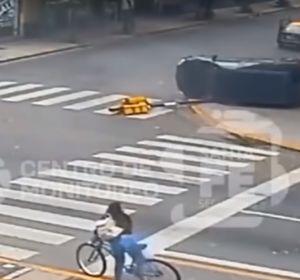 Una madre salva la vida de sus hijos 3 veces en menos de 10 segundos