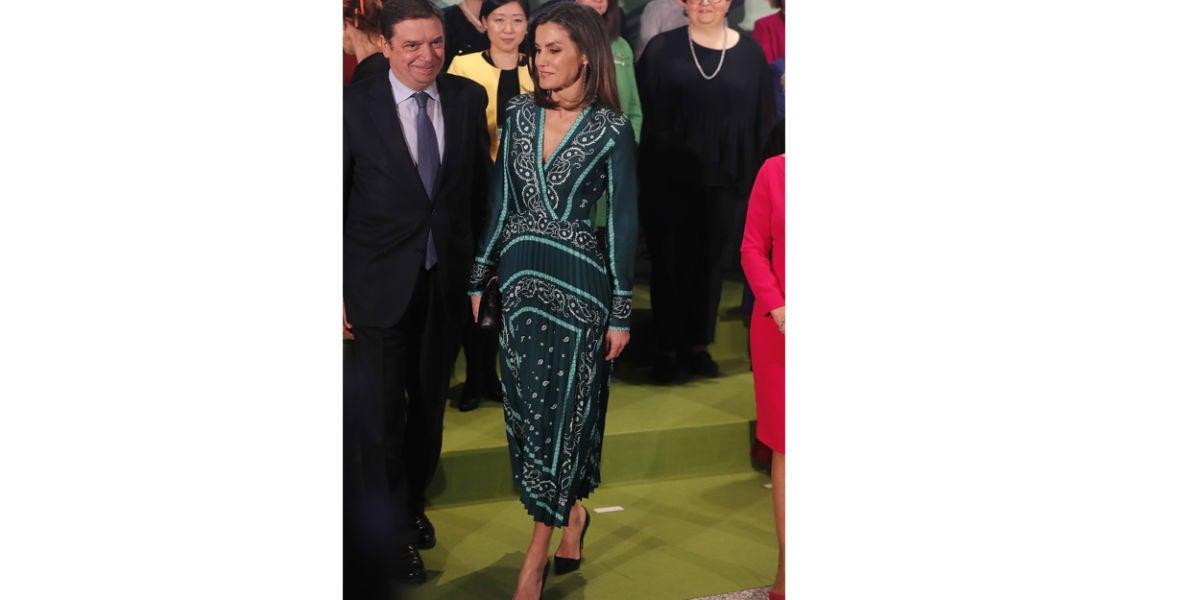 La reina Letizia con el vestido de Sandro Paris