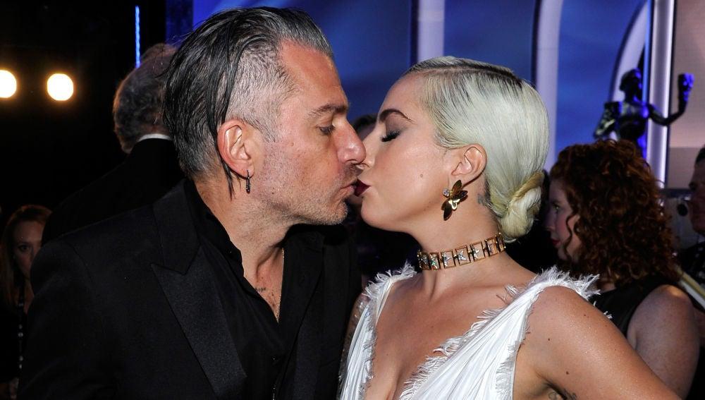 Christian Carino y Lady Gaga rompen su compromiso