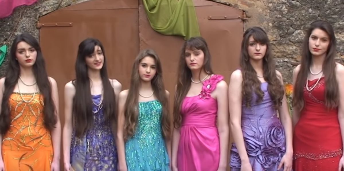 Las chicas de Flos Mariae