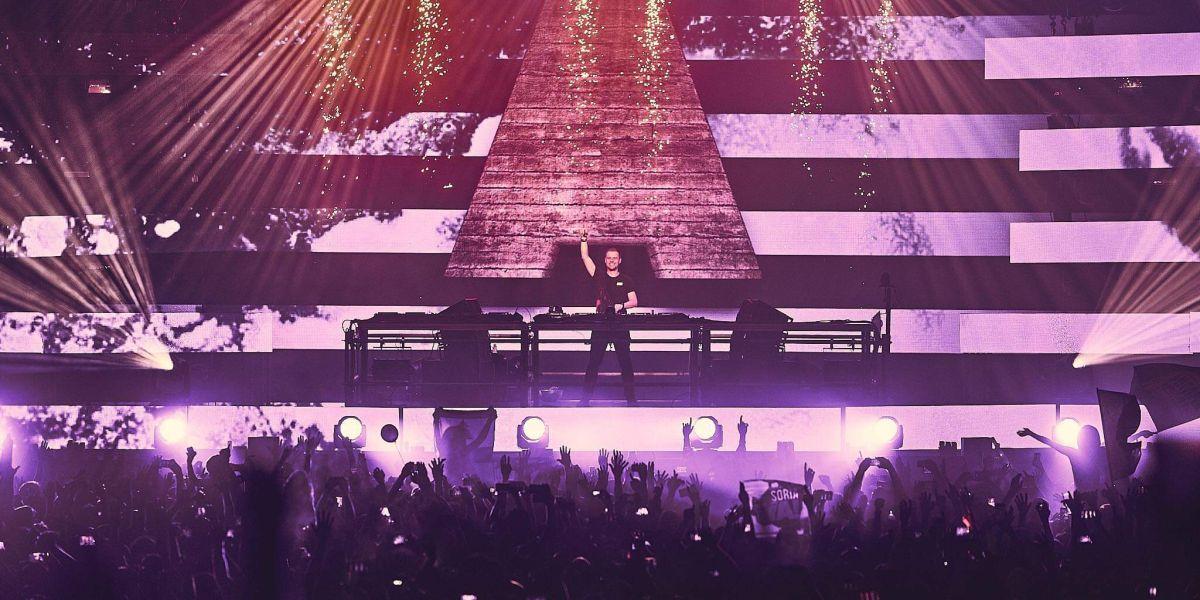 Armin Van Buuren en ASOT 900 en Madrid