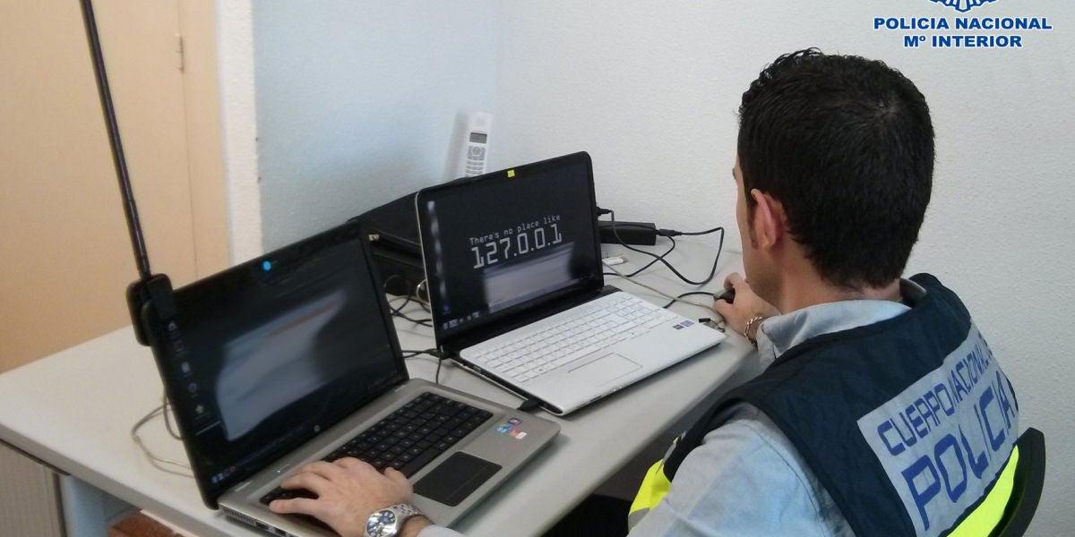 """La Policía detiene a 3 estafadores por sustraer dinero por el método del """"phising"""""""