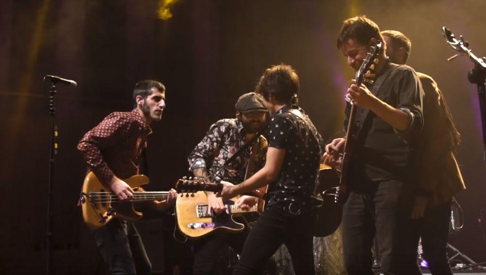 Sidecars presenta el videoclip de 'Locos de atar' con fragmentos de su gira