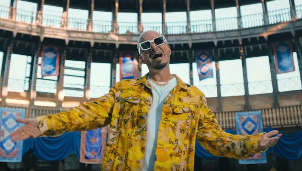 J Balvin en el videoclip de 'La Rebelión'