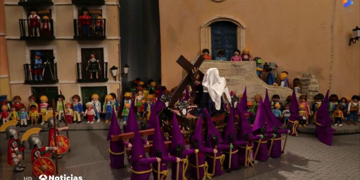 Un joven recalca la procesión más famosa de Cuenca con Playmobil