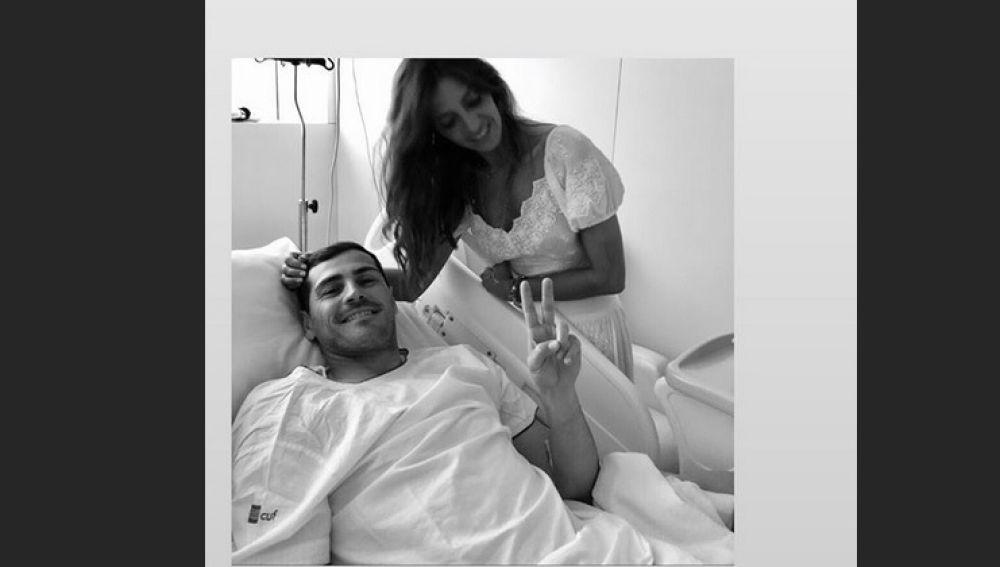 Iker Casillas y Sara Carbonero, juntos en el hospital