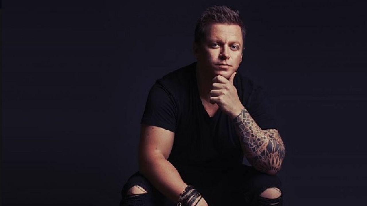 Muere El DJ Australiano Adam Sky Al Intentar Evitar Que
