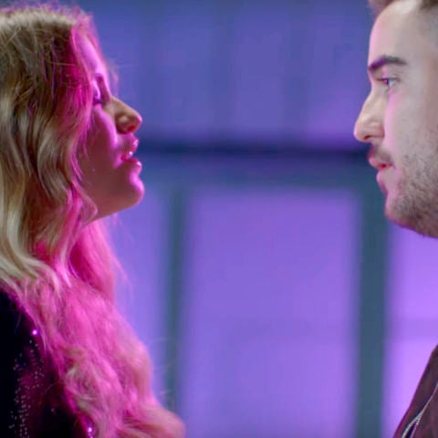 Sofía Reyes y Beret cantan 'Lo Siento'