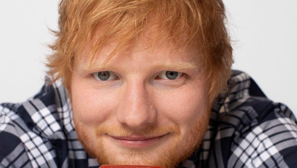 Ed Sheeran con su ketchup edición especial