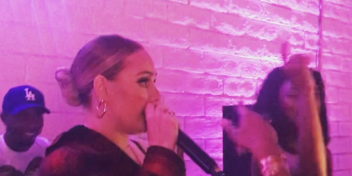 Adele rapeando 'Monster' de Nicki Minaj
