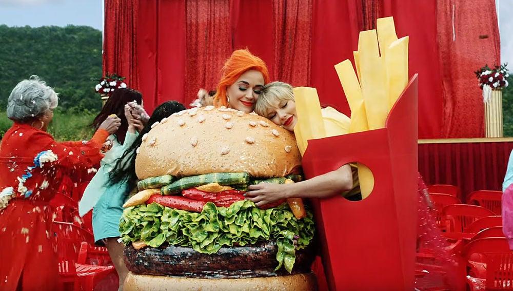 Katy Perry y Taylor Swift en el videoclip de 'You need to calm down'