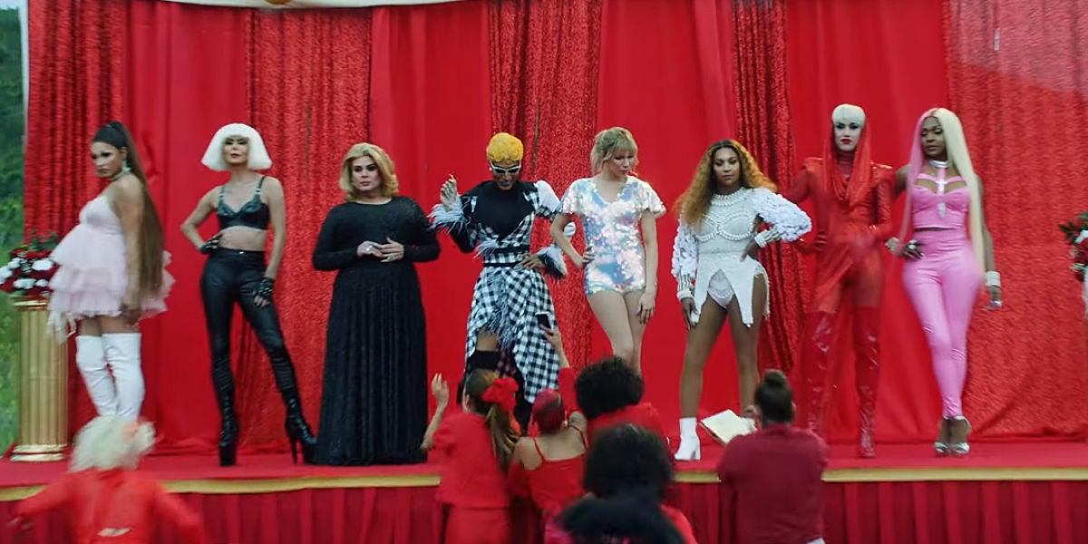 Drag Queens caracterizadas como Ariana Grande, Lady Gaga, Adele, Cardi B, Taylor Swift, Beyoncé, Katy Perry o Nicki Minaj