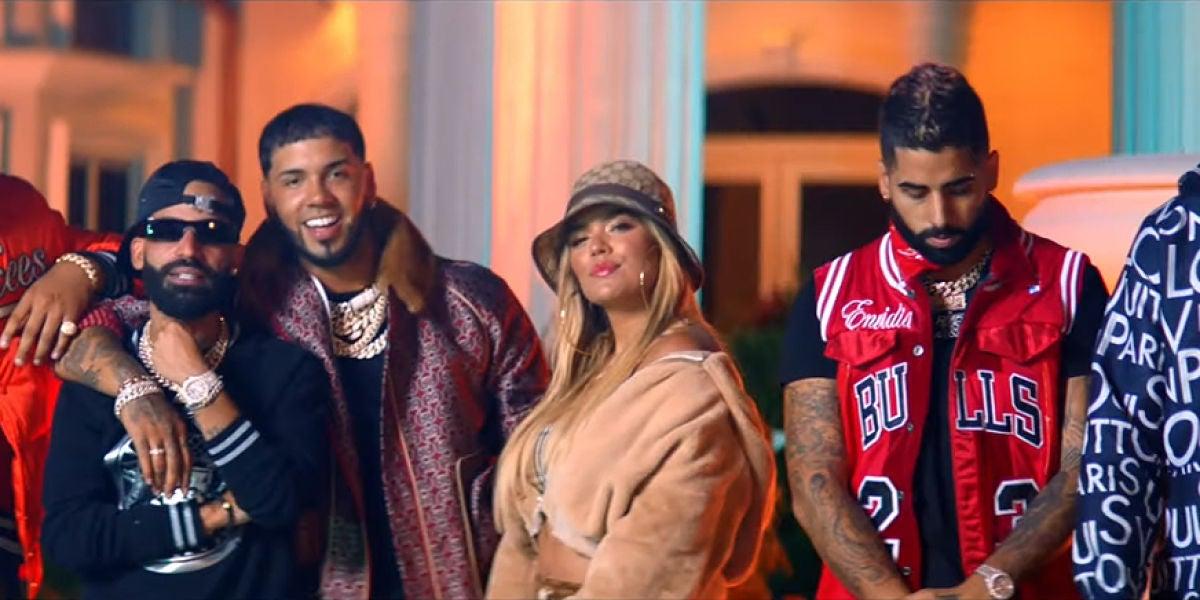 Karol G, Anuel AA, Arcángel, DJ Luian y Mambo Kingz en el vídeo de 'Tu no amas'