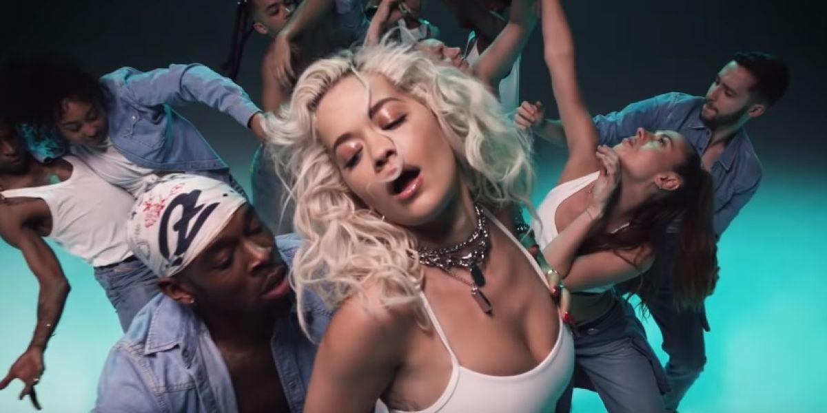 Rita Ora en el videoclip de 'Ritual'