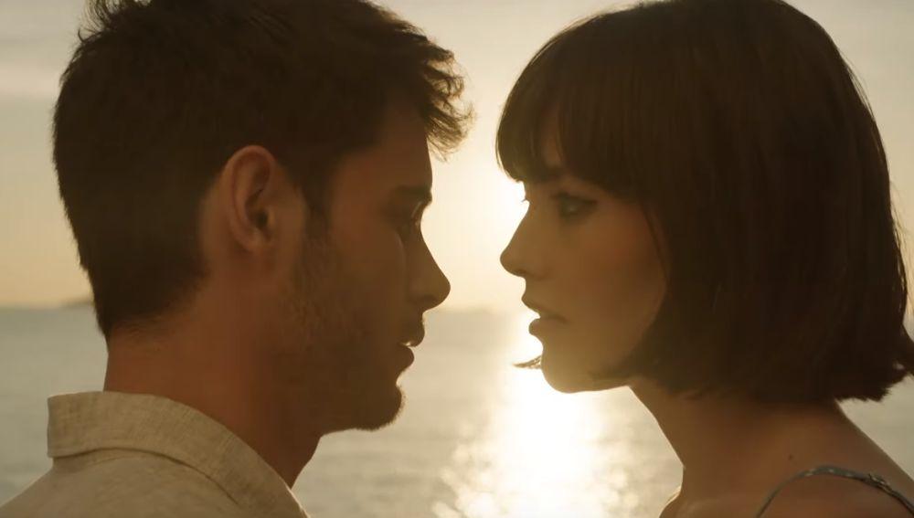 David Solans y Mireia Oriol protagonizan el videoclip de 'La Isla' de Dorian