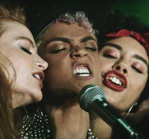 Los álter ego de Ed Sheeran, Bruno Mars y Chris Stapleton en el videoclip de 'BLOW'