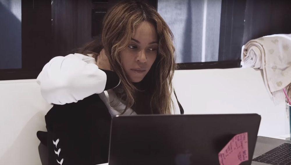 Beyoncé en el vídeo de su plan de adelgazamiento de 22 días