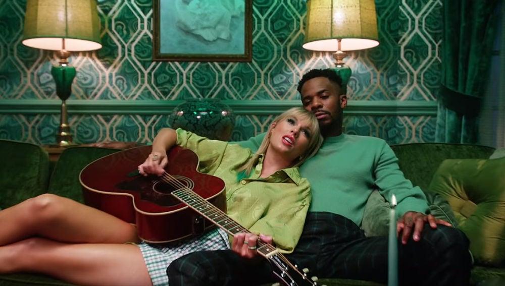 Taylor Swift en el videoclip de 'Lover'