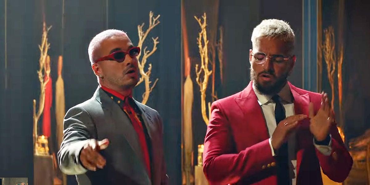 J Balvin y Maluma en el vídeo de 'Qué pena'