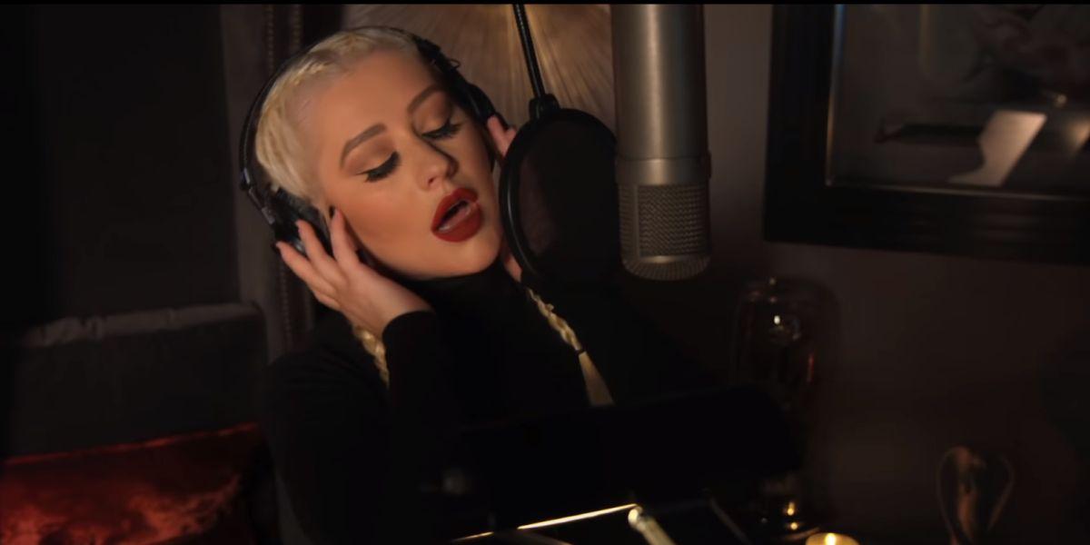 Christina Aguilera canta 'Haunted Heart' para la banda sonora de 'La Familia Addams'