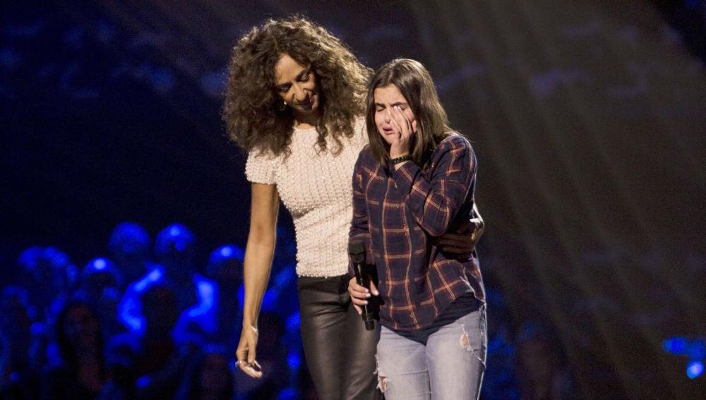 El momento en el que Marta Pérez se queda sin voz al ver girarse a Rosario Flores en las Audiciones a ciegas de 'La Voz Kids'