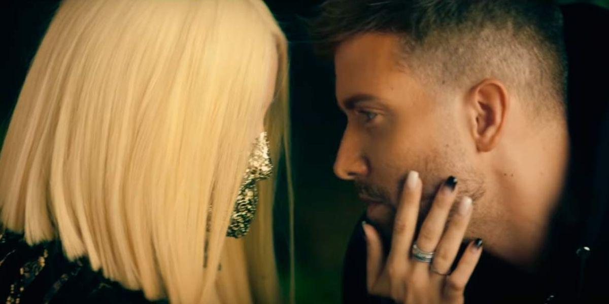 Pablo Alborán y Ava Max en el vídeo de Tabú