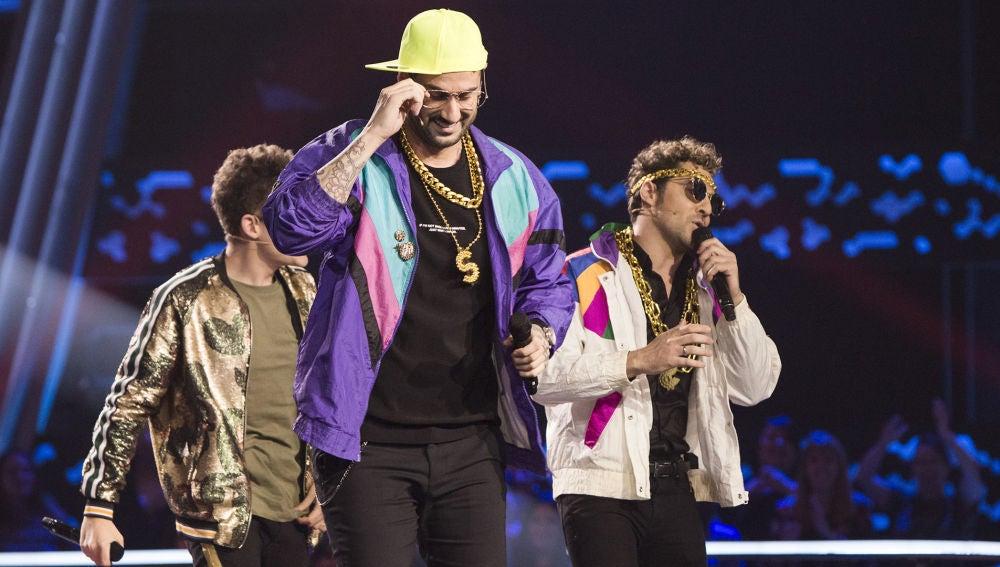 Melendi y Bisbal disfrazados de raperos en el último Asalto de 'La Voz Kids'