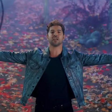 David Bisbal en el videoclip de 'Mucho más allá' de la banda sonora de 'Frozen 2'