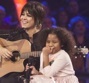 El momentazo más divertido de Yolaini Viñas cantando 'Nos faltaron cereales' con Vanesa Martín en 'La Voz Kids'