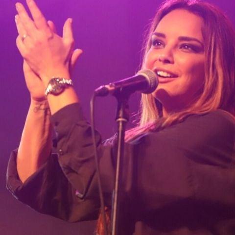 Chenoa en el showcase de Valladolid con Europa FM