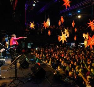 Chenoa en el showcase acústico con Europa FM en Mallorca