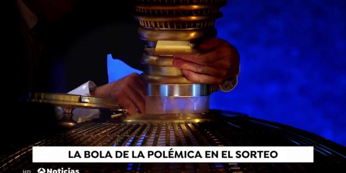 REEMPLAZO Polémica en redes sociales por este vídeo de la Lotería de Navidad: ¿qué introducen en el bombo?