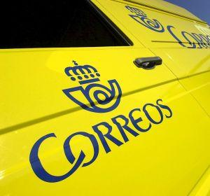 Imagen de archivo de una furgoneta de Correos