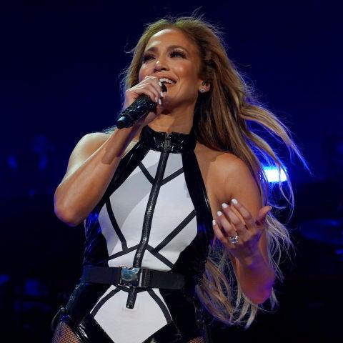 Jennifer Lopez durante una actuación