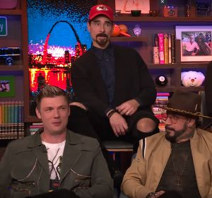 Los Backstreet Boys durante el programa Watch What Happens Live with Andy Cohen!