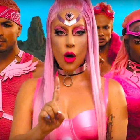 Lady Gaga en el videoclip de 'Stupid Love'