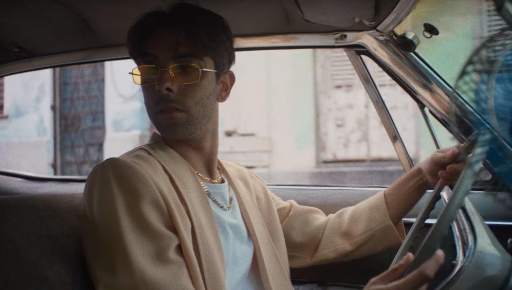 Don Patricio en el videoclip de 'En Otra Historia'