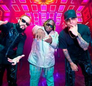 Wisin, Yandel y Sech en el vídeo de 'Ganas de ti'