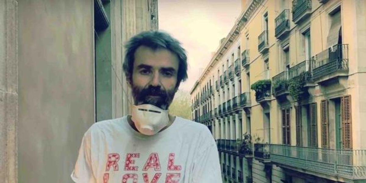 Pau Donés le canta la personal sanitario en 'Los ángeles visten de blanco'