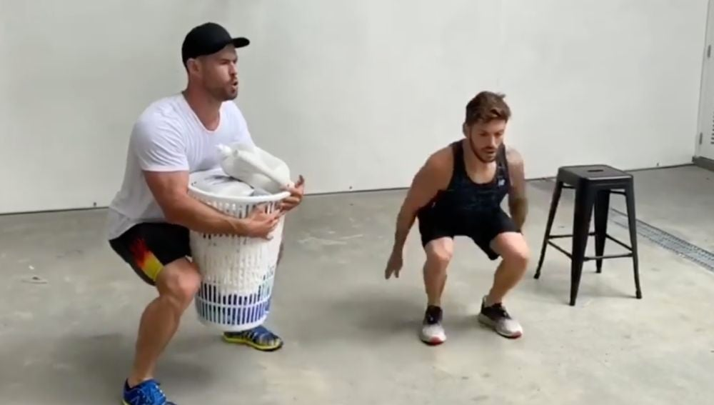 Chris Hemsworth entrenando