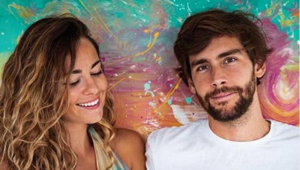 Sofia Ellar y Álvaro Soler presentan 'Barrer a casa'
