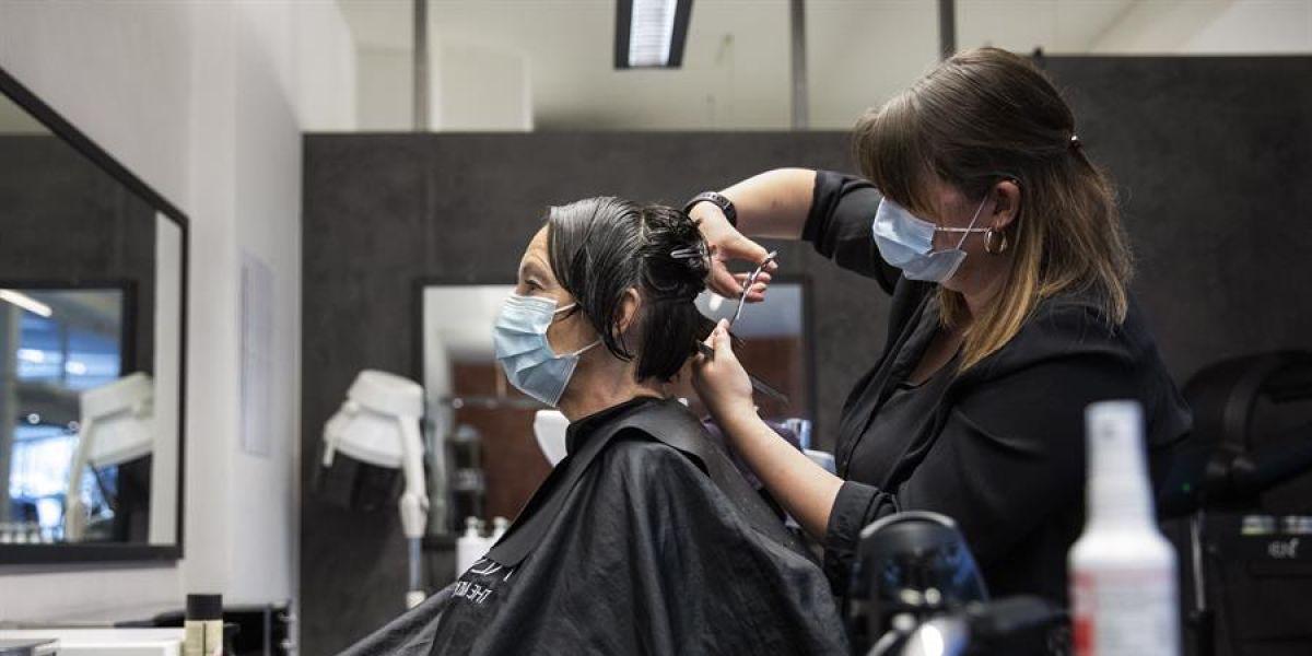 Imagen de una peluquería durante la pandemia del COVID-19