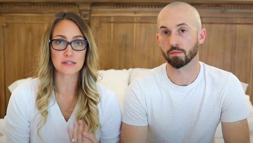 Myka y James Stauffer, los youtubers que han devuelto a su hijo adoptado