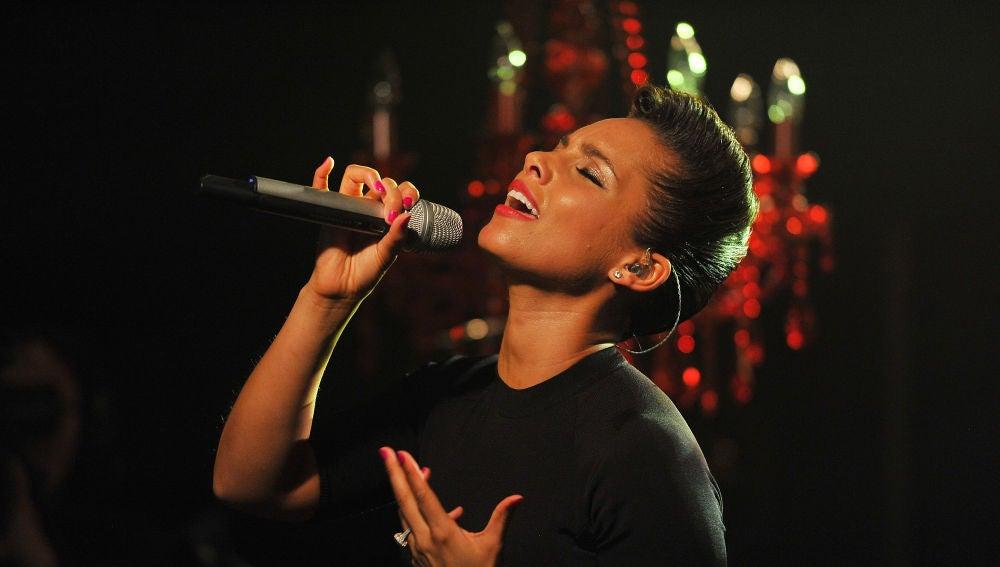 Alicia Keys durante una actuación en Nueva York