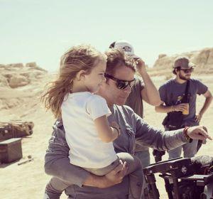 Alfonso Lügstenmann y su hija Candela durante el rodaje de 'Protein Kill Us', para recaudar financiación para un biosensor